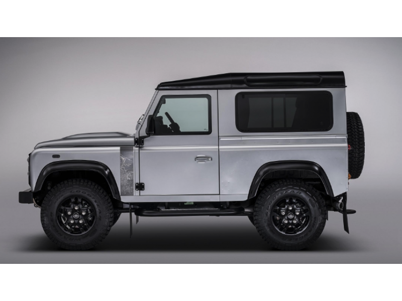 Land Rover Defender Station Wagon and Hard/Soft Top E