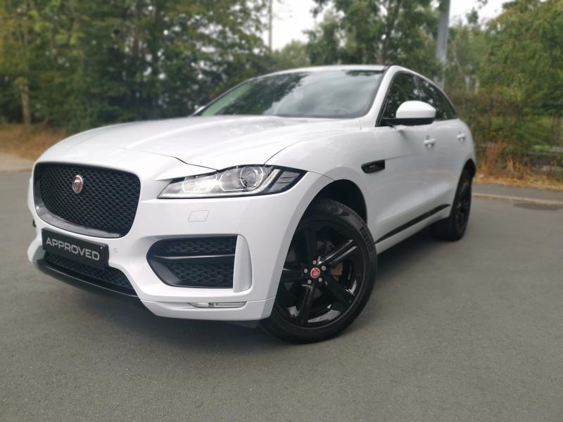Jaguar F-Pace R-SPORT