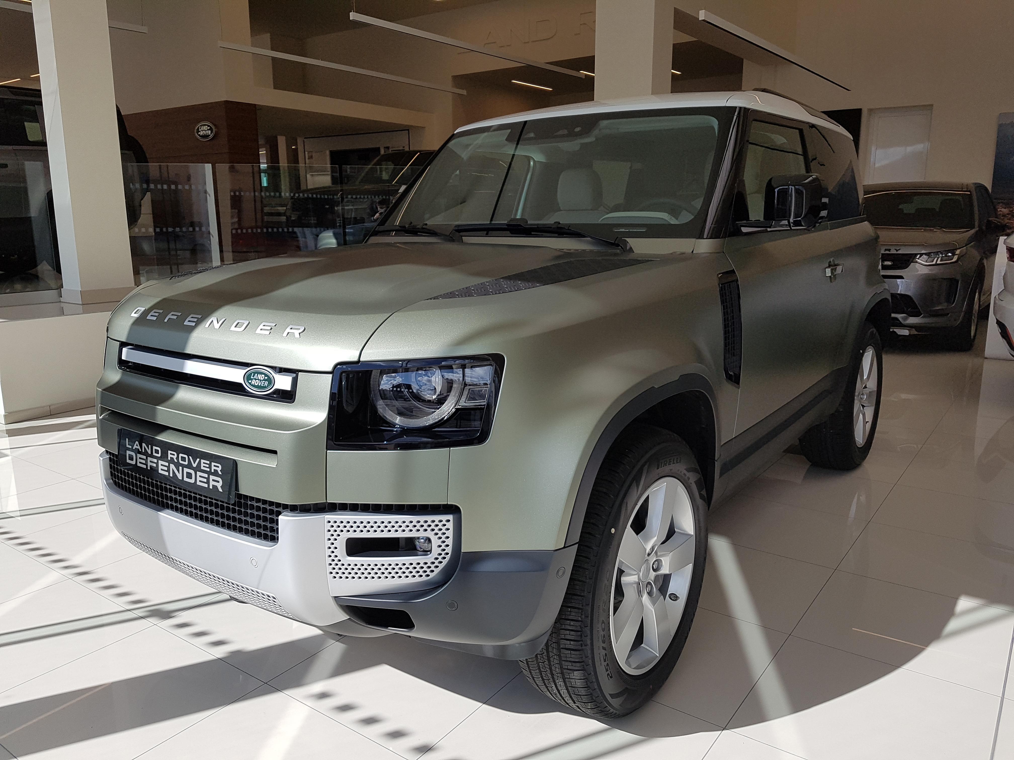 Land Rover Defender First Edition 6 cylindres en l